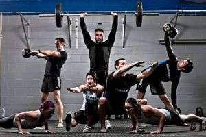 Всё о кроссфите: плюсы и минусы этого спорта, упражнения, оборудование, питание и многое другое