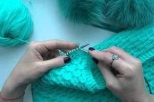 Может ли быть выполнена вышивка спицами: создание разноцветных узоров на вязаных вещах