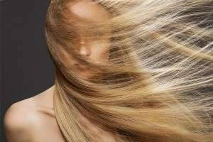 Касторовое масло — надежный помощник в уходе за волосами