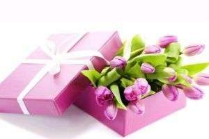 Подарок на 8 марта: что выбрать для своей женщины