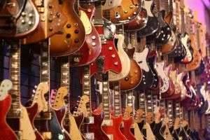 Какую гитару выбрать для начинающих – рекомендации специалистов