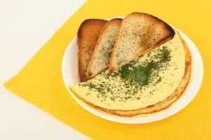 Омлет в мультиварке Redmond – сытный завтрак практически без усилий