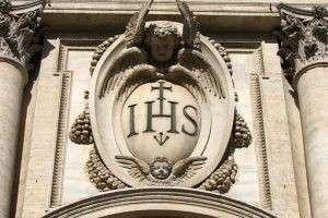 С какой целью был создан орден иезуитов?