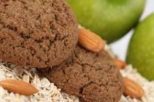 Постное печенье из овсяных хлопьев: вкусно, полезно, некалорийно