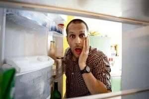 Что делать, если сломался холодильник