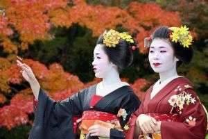 Менталитет японцев: от поклонов до визитных карт