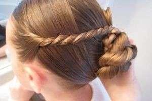 Эффектный образ за пять минут: прически для средних волос в домашних условиях