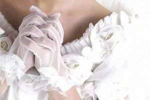 Свадебные приметы для жениха и невесты по месяцам, про кольца и каравай