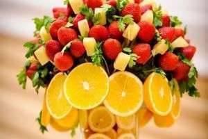 Как сделать украшения из фруктов своими руками?
