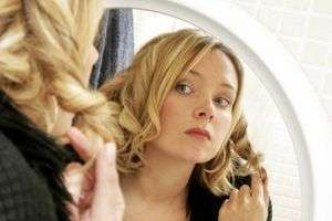 К чему снятся длинные волосы: дальней дороге или расставанию?