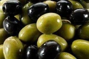 Развенчиваем мифы: чем отличаются оливки от маслин
