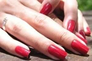 Как быстро укрепить ногти и как правильно ухаживать за ними?