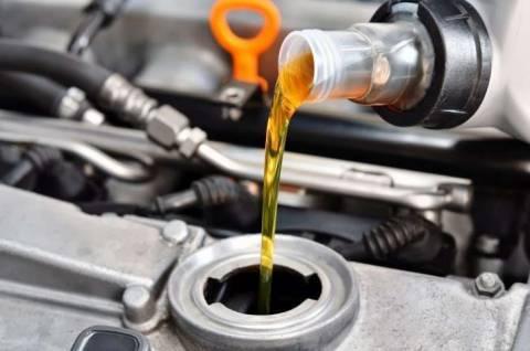 Что выбрать: минеральное или синтетическое масло?