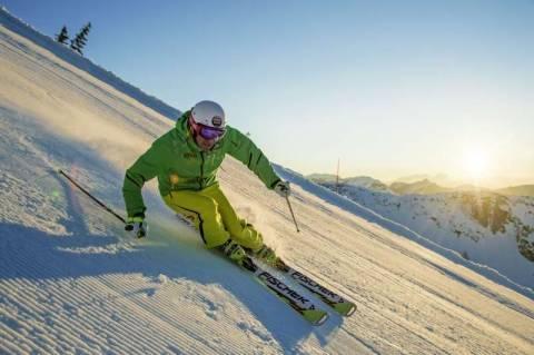 Что за техника «карвинг» в горных лыжах?