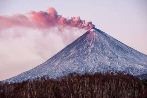 Действующие вулканы России: самые высокие и крупные