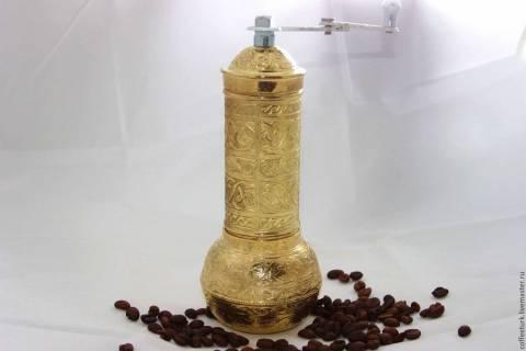 3 апреля – День рождения кофемолки. Кто изобрел кофемолку и как выбрать лучшую?