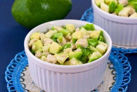 Интересные рецепты салатов с авокадо и другими фруктами