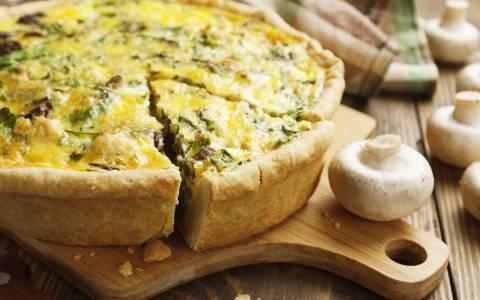 Как приготовить грибной пирог?