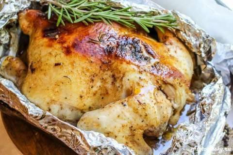 Как приготовить курицу в фольге в духовке без начинки?