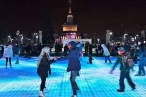 Побит мировой рекорд – самый большой каток на ВДНХ открылся в Москве!