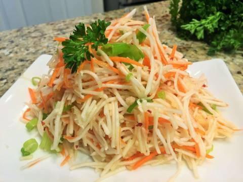 Салат по-корейски из редьки