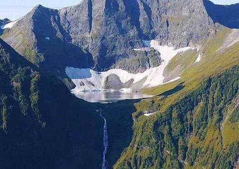 Самые высокие водопады в России