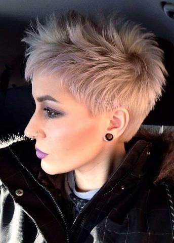 Модные стрижка на короткие волосы 2017: новинки