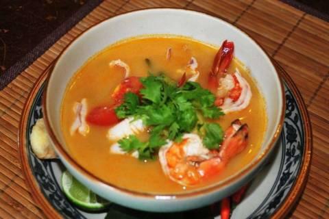 Тайский суп Том-Ям: история, традиции, разновидности
