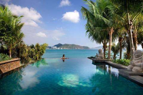 В какое время года лучше отдыхать на острове Хайнань?