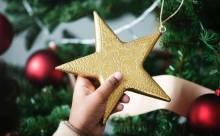Как украсить елку для маленького ребенка?