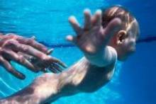 Как научиться плавать?