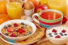 Что лучше кушать на завтрак всем домочадцам, а беременным особенно?
