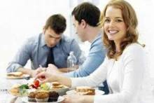 Что взять на обед на работу – бутерброды или полноценную еду?
