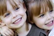 Чем отличаются близнецы от двойняшек: что говорят специалисты?