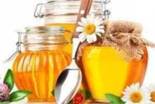 Почему на меде белая пена – причины, последствия, рекомендации к хранению и употреблению