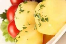 Как варить картошку в микроволновке: быстрый и полезный гарнир для любого случая