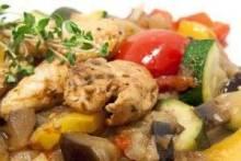 Как вкусно приготовить куриную грудку? Рецептами делятся опытные кулинары