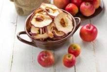 Как сушить ягоды и фрукты в духовке, сушилке и другими способами?
