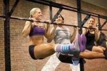 Кроссфит для девушек: многообразие тренировок и видео