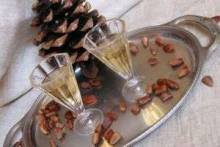 Польза кедровой настойки на водке: как улучшить свое здоровье