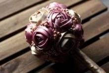 Топиарий из атласных лент: как создать стильный элемент декора своими руками