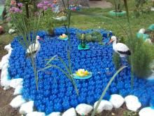 Поделки из пластиковых бутылок и крышек