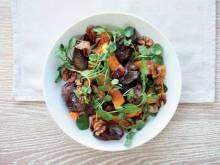 Салаты с хурмой и мясом: оригинальные рецепты