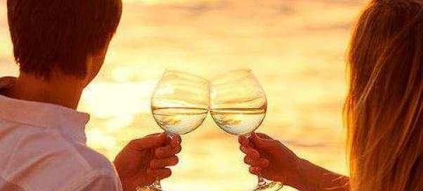 Курортный роман: стоит ли начинать отношения?