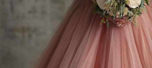 Как оформить свадьбу в золотом цвете?
