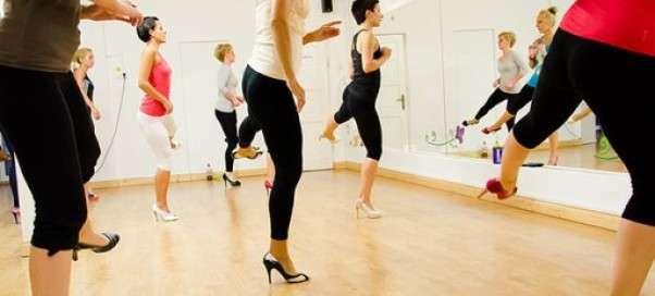 Модные направления фитнеса. Пилоксинг и стилетто: упражнения