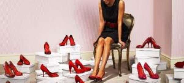 Как правильно подобрать туфли к платью?